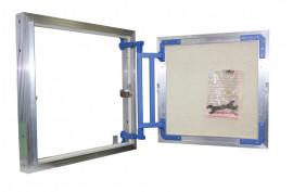 Revizinis liukas 30/30 aliuminio konstrukcija (po plytelėmis)